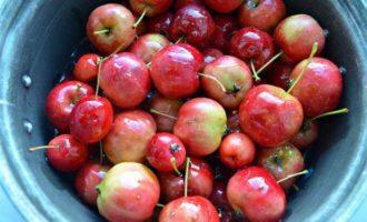 Ароматное варенье из райских яблок