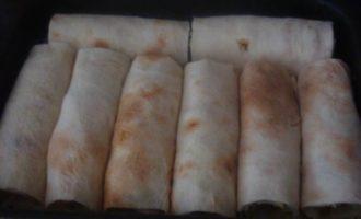 Роллы с сосисками и картофельным пюре