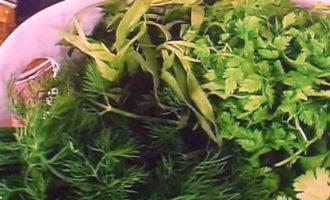 Сырный террин в орехах и зелени
