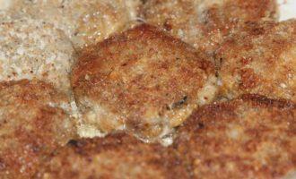 Куриные котлетки с грибами