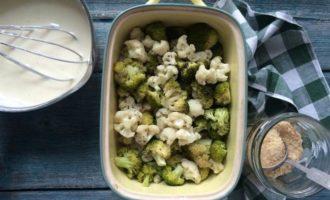 Гратен из брокколи и цветной капусты