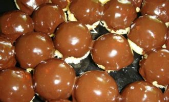 Праздничные кейк-боллы