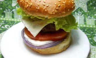 Большой чизгамбургер