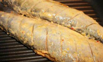 Карельская форель-гриль в пряной натирке с запеченным картофелем