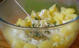 Картофельные треугольнички с тимьяном
