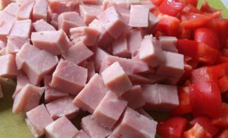 Салат с цветной капустой и йогуртовым соусом