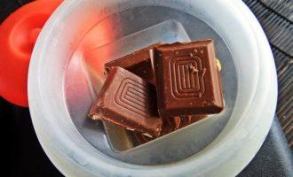 Конфеты с шоколадом и ликером
