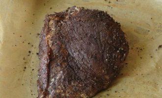 Мясо в кофейной корочке