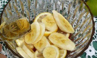 Клубнично-банановый крюшон