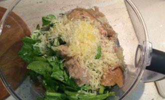 Филе трески с картошкой и шпинатом