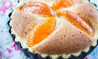 Тарталетки с франжипаном и абрикосами