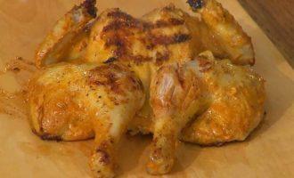 Цыпленок в пряном кокосовом маринаде