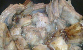 Свиные ребра с копченой вишней