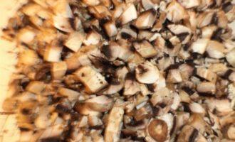 Горячие бутерброды с грибами и сладким перцем