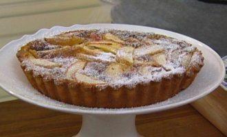 Лимонно-яблочный пирог