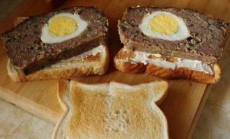 """Мясной хлеб с яйцом """"Солнечный"""""""