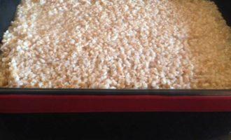 Запеканка из полбы под сливками с соусом болоньезе