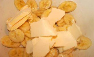 """Банановое печенье с """"пьяными"""" фруктами"""