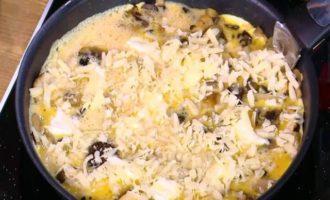 Грибная фриттата со сливочным сыром