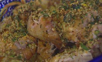 Пряный цыпленок с чесноком