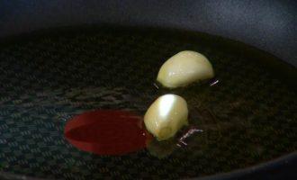Тальятелле с икрой и пеперончино