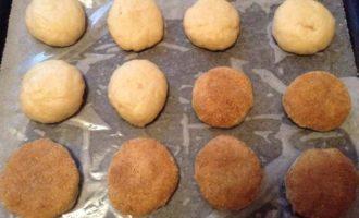 Постные лепешки на рассоле с корицей и сахаром