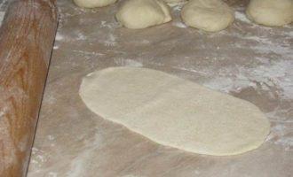 Булочки-роллы с грибным дип-соусом