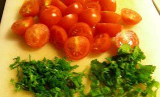Рыба с цукини и помидорами черри