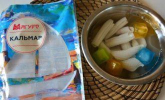 Стир-фрай из кальмаров с овощами