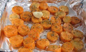 Морковный суп с белой фасолью