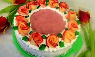 "Торт ""Венок из роз"""