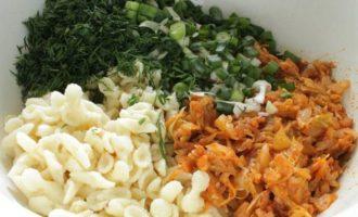 Запеканка с капустой и кабачками
