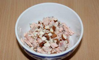 Рийет из лосося с миндалем