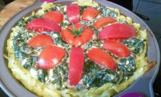 Картофельный киш с фетой и шпинатом