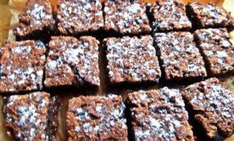 Овсяные пирожные с шоколадной прослойкой