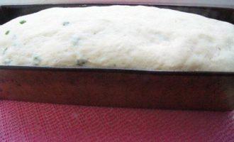 Хлеб на рикотте с зеленым луком