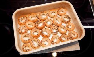 Гнезда из сушек с картофелем