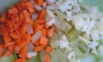 Суп-крем из чечевицы под хрустящей корочкой