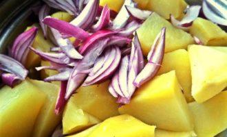 Салат картофельно-рыбный