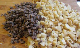 Орехово-шоколадное печенье с морской солью