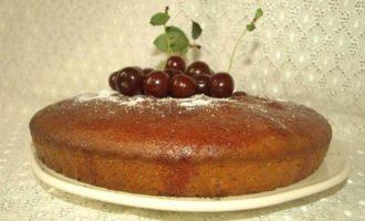 Пирог с вишневым сиропом