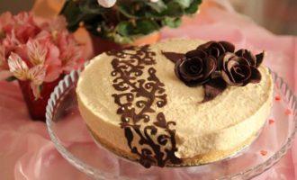 Карамельно-ананасовый торт