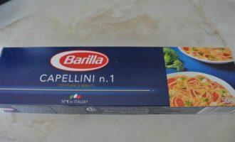 Капеллини с фетаксой и тунцом