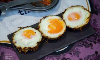 Овощные чашечки с яйцом