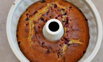 Сливочный кекс с ягодами