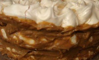 """Торт """"МариСаль"""" с банановым заварным кремом"""