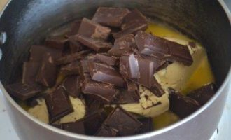 Хрустящее шоколадное печенье без выпечки