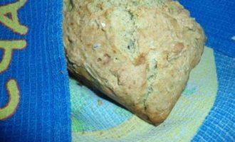 """Содовый хлеб """"Полезный"""" и домашний плавленый сыр с травами"""