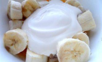 Банановый пирог на песочной основе