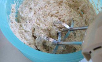 Сливовый пирог с миндалем